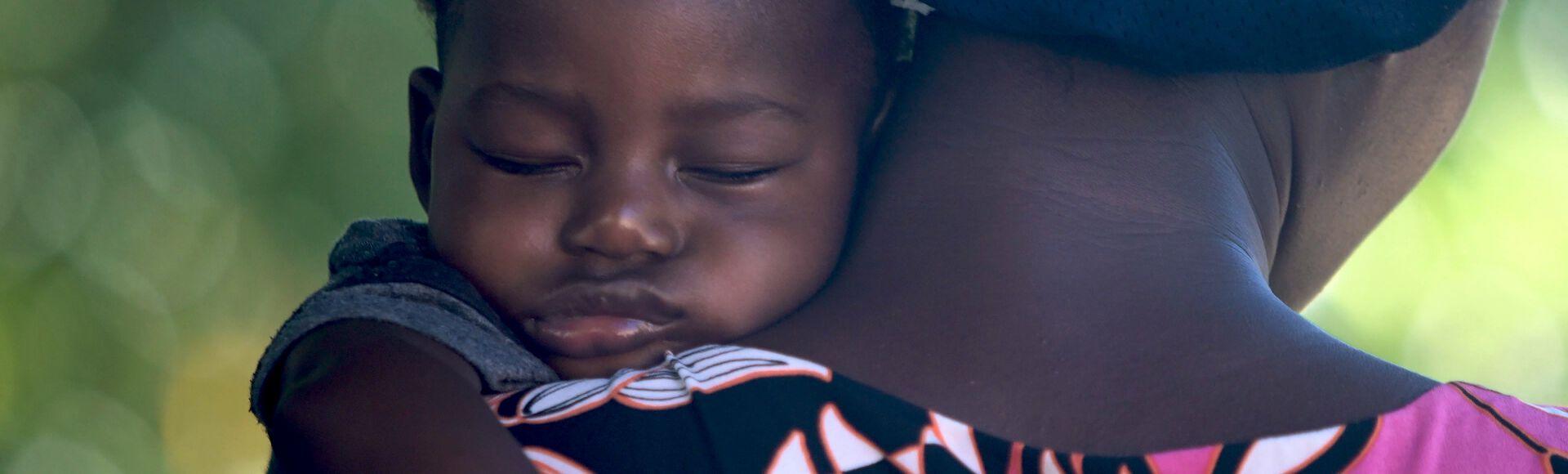 Criança em sono profundo