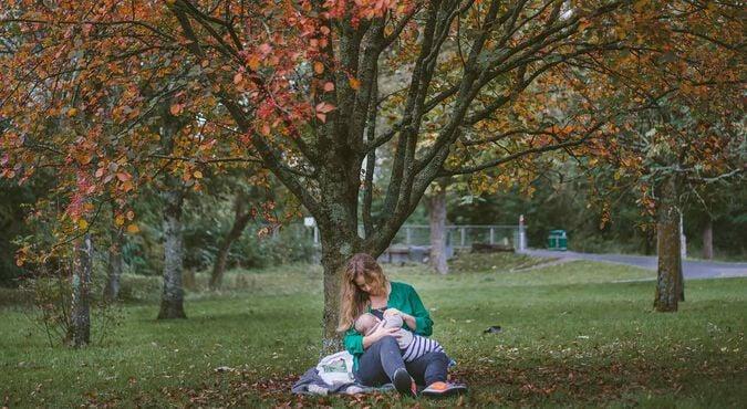 Por que amamentar é bom para você e seu bebê