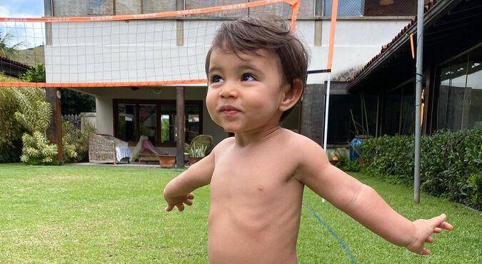 Zion bebê da Jade Seba