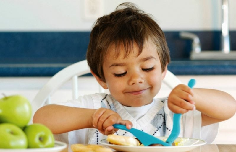 Ensine seu filho a desfrutar do espaço familiar