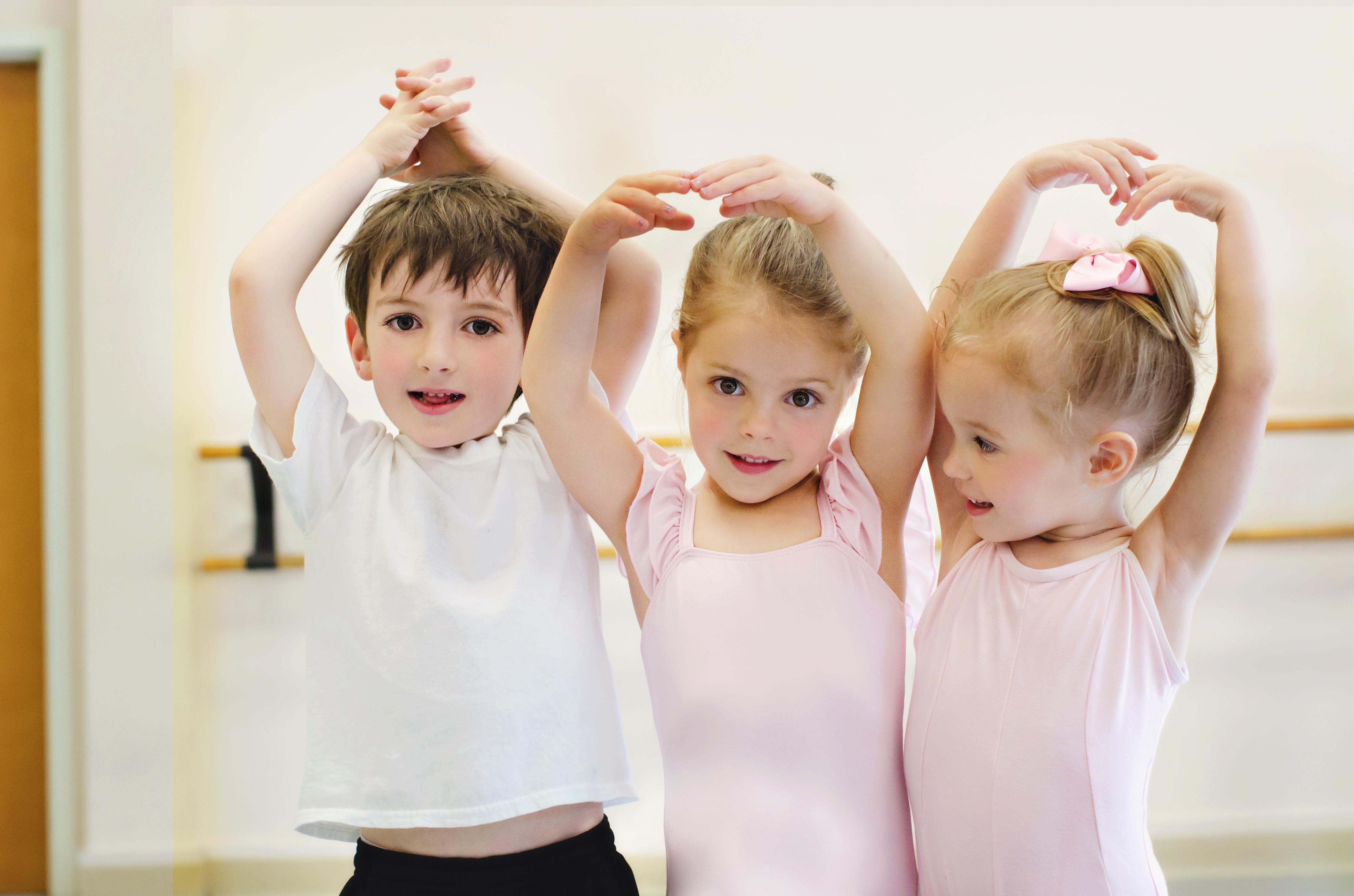 Dança em atividades para seu bebê